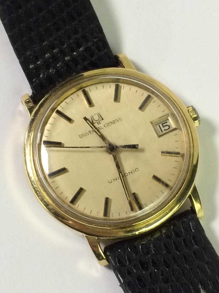 Golden Universal Tarot Reading: 18k Gold Universal Geneve Wrist Watch