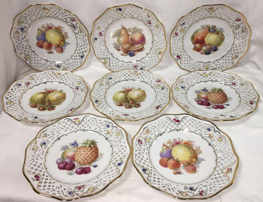 Set Of 8 Schumann Bavaria Plates