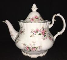 Royal Albert Bone China Tea Pot, Lavender Rose