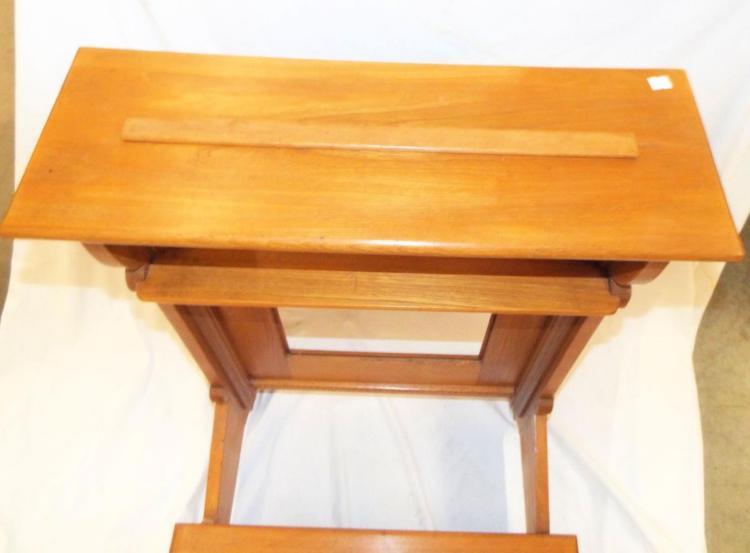 Oak Prie Dieu Kneeling Bench