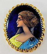 14 kt. gold and enameled portrait brooch
