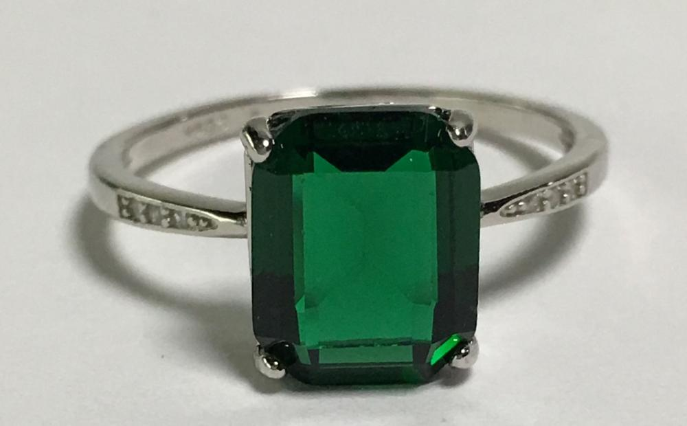 Sterling Silver Faux Emerald Ring