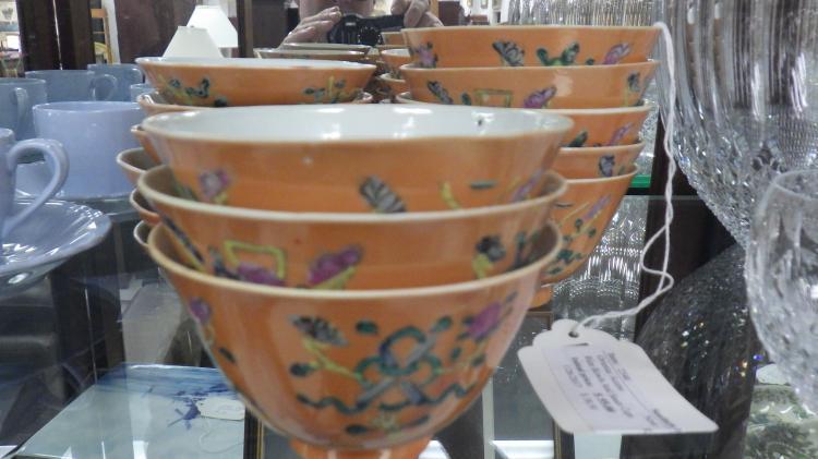Twelve Exportware Rice Bowls and Twelve Exportware Sauce Bowls
