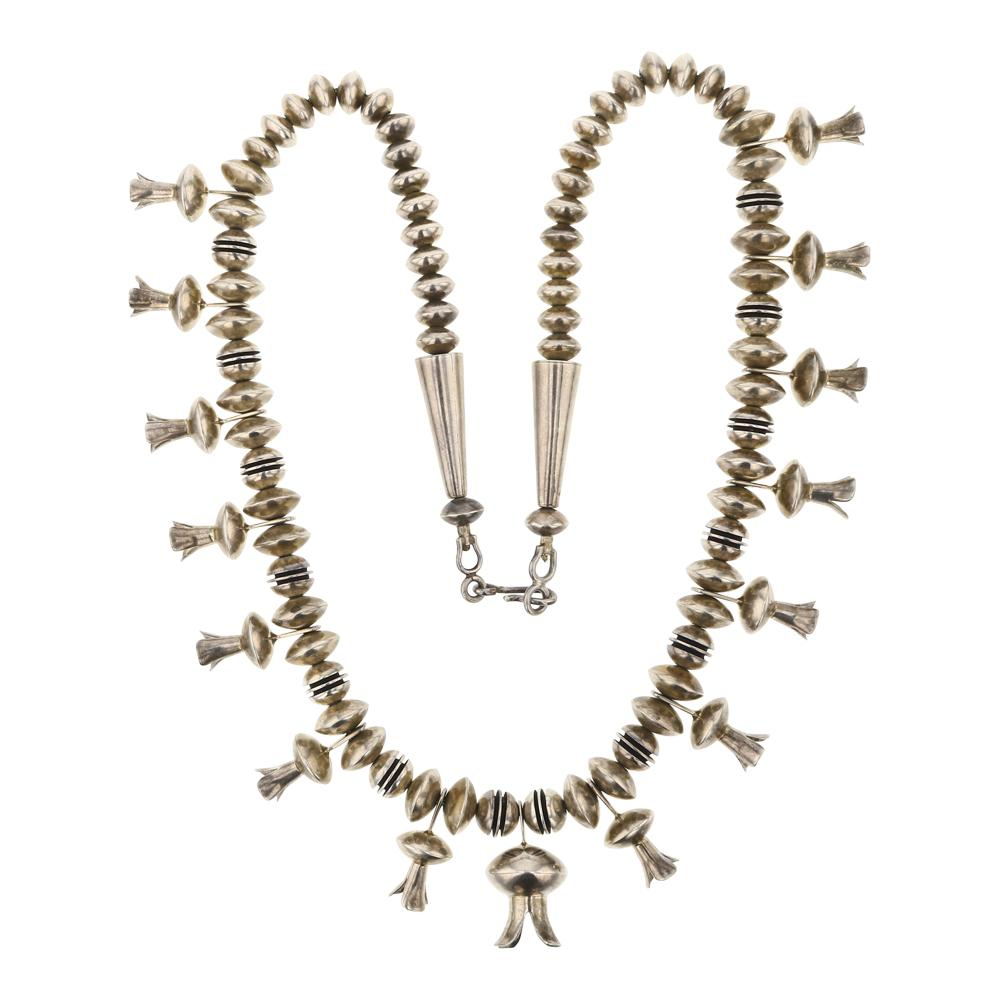 Plain Silver Blossom necklace