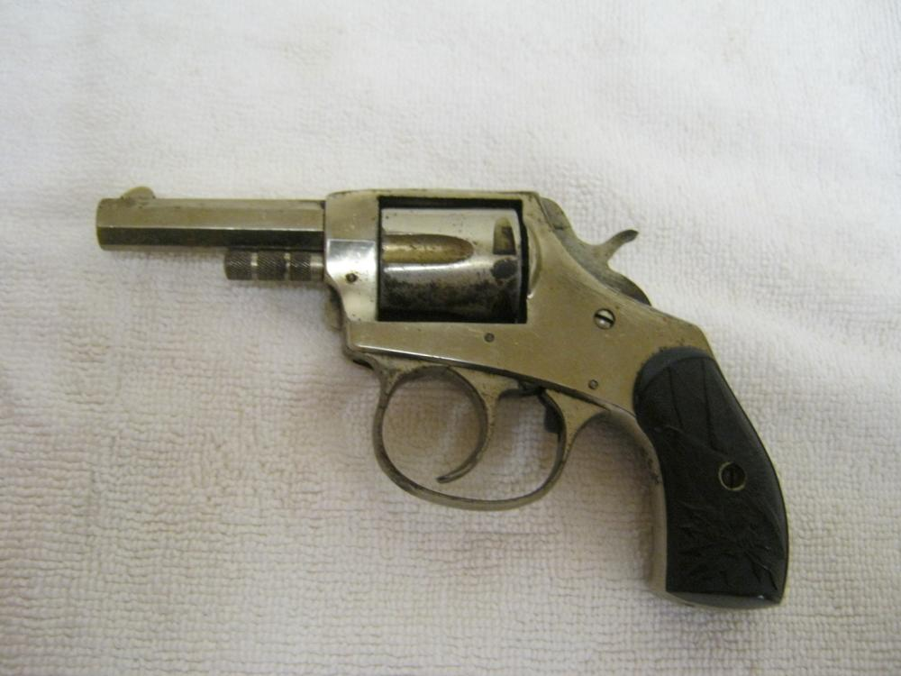 American Bulldog 32 Caliber Pistol Ser1951