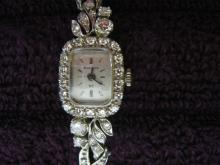 COLLECTIBLES, FURNITURE & JEWELRY AUCTION