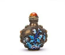 A Chinese Steel Snuff Bottle With Jewel Decorated
