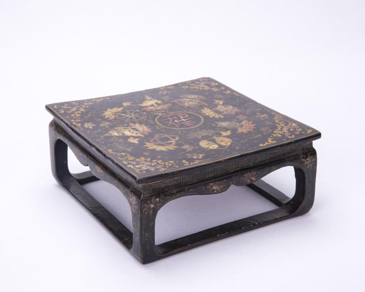 A Chinese Short Wood Table