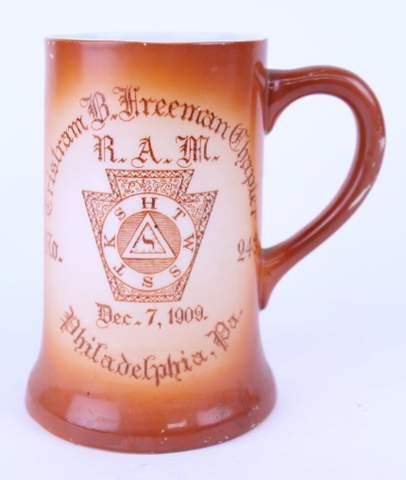 1909 PHILADELPHIA PA CHRITRAM FREEMAN CHAPTER MUG STEIN 5.5