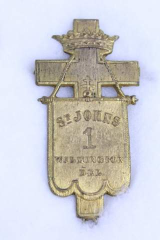 ST. JOHNS #1 WILMINGTON DEL. MEDAL BADGE