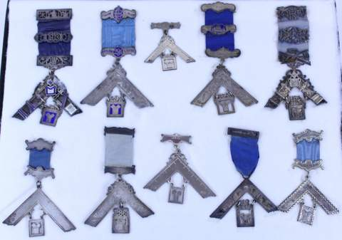 LOT OF 10 MASONIC MEDALS BADGES (2 ARE STERLING SILVER)