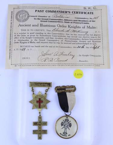 PAIR OF ANTIQUE MASONIC MEDALS BADGES
