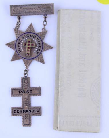 PAST COMMANDER BADGE W/ DOCUMENT MARKED