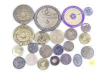 TRAY LOT OF VARIOUS MASONIC COINS TOKENS