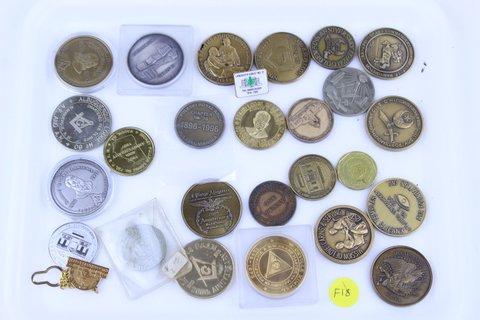 TRAY LOT OF VARIOUS MASONIC COINS TOKENS