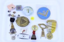 TRAY LOT OF MASONIC STERLING PINS, PINS, KNIFE