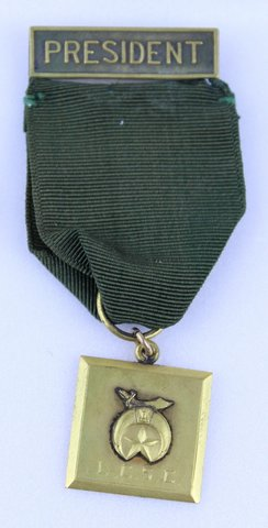 G.E. KACY 1923-1925 PRESIDENT RIBBON PIN