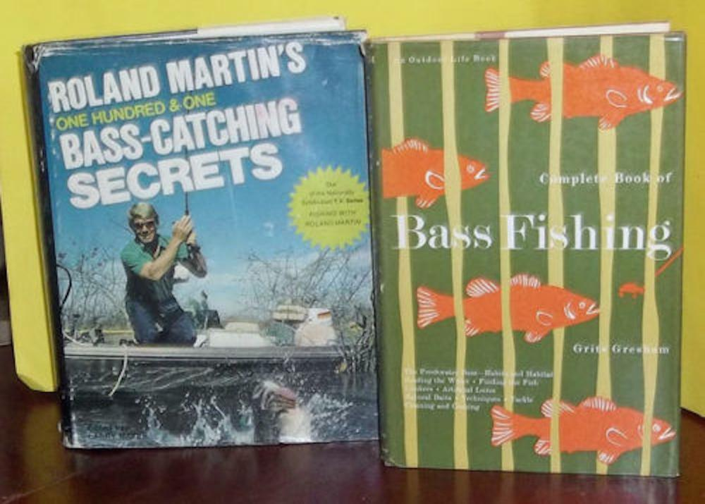 Lot of (2) Vintage Bass Fishing Books VINTAGE Hardcovers In DJs