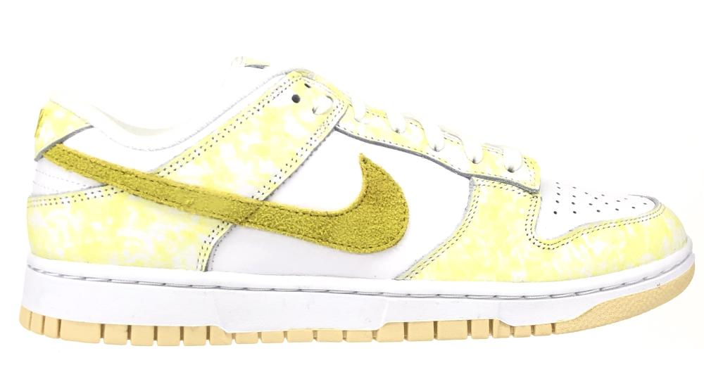 BRAND NEW NIKE DUNK LOW OG YELLOW STRIKE SNEAKERS