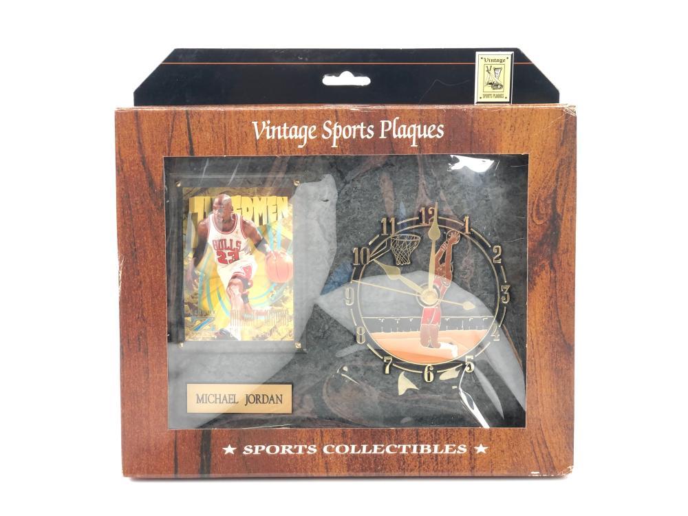 VINTAGE MICHAEL JORDAN CLOCK & TRADING CARD SPORTS PLAQUE