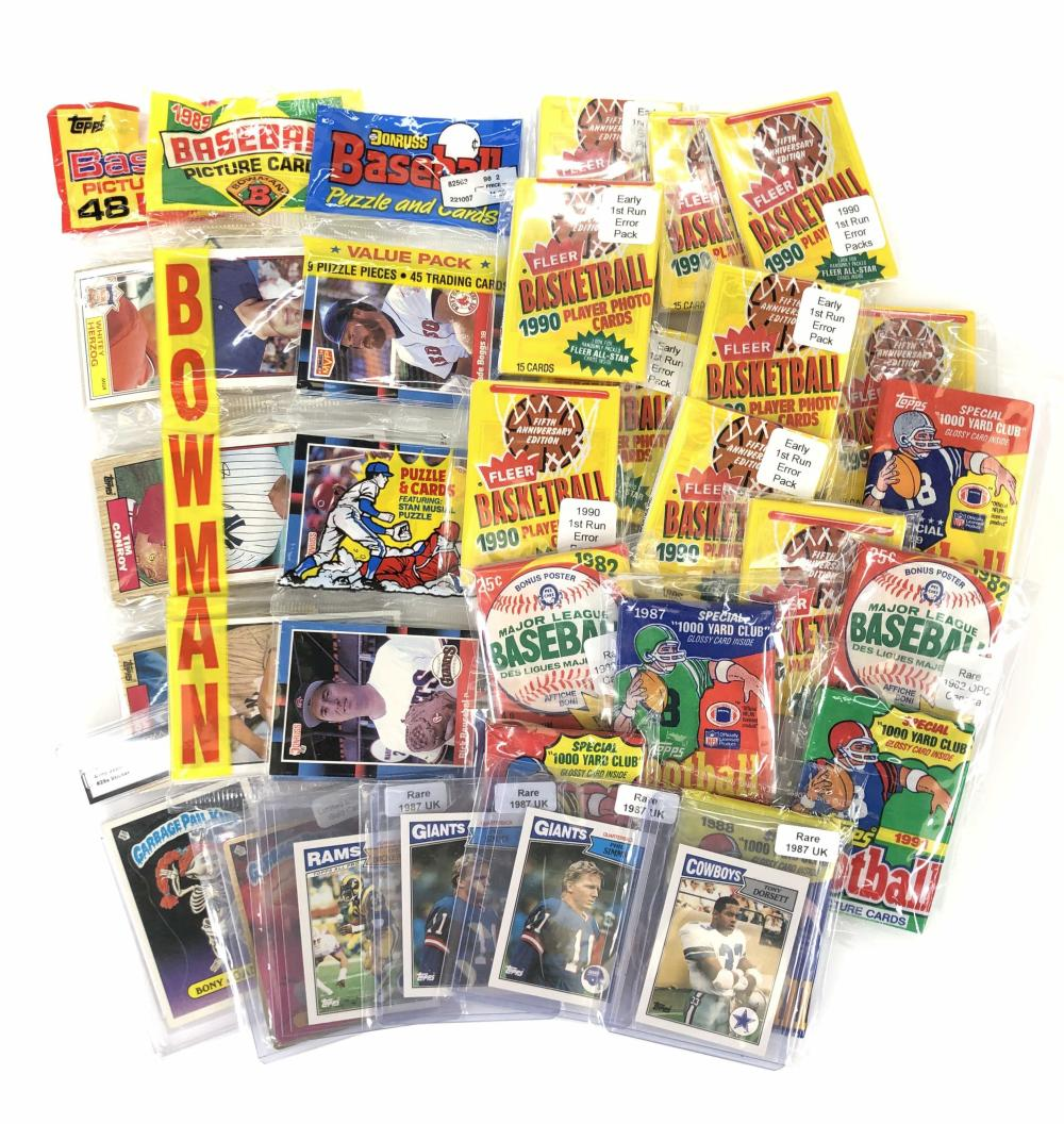 ASST NFL & MLB PLAYER TOPPS PLAYER TRADING CARDS