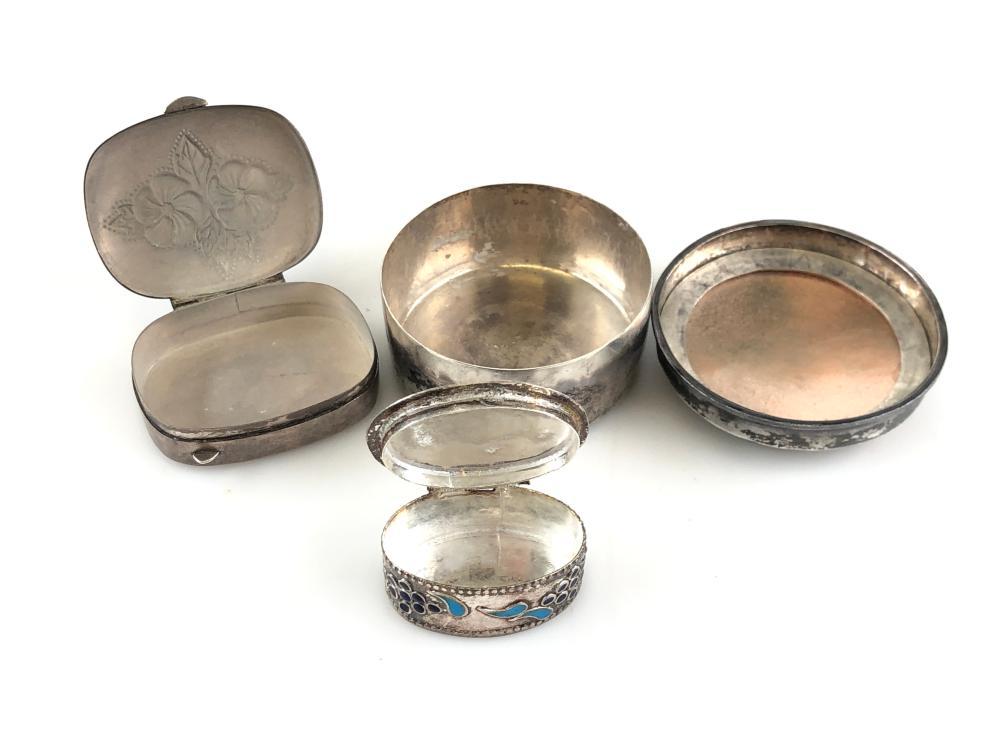 1 in Sterling Silver Gilt Interior Topazio Antique Portuguese Grape Pill Box