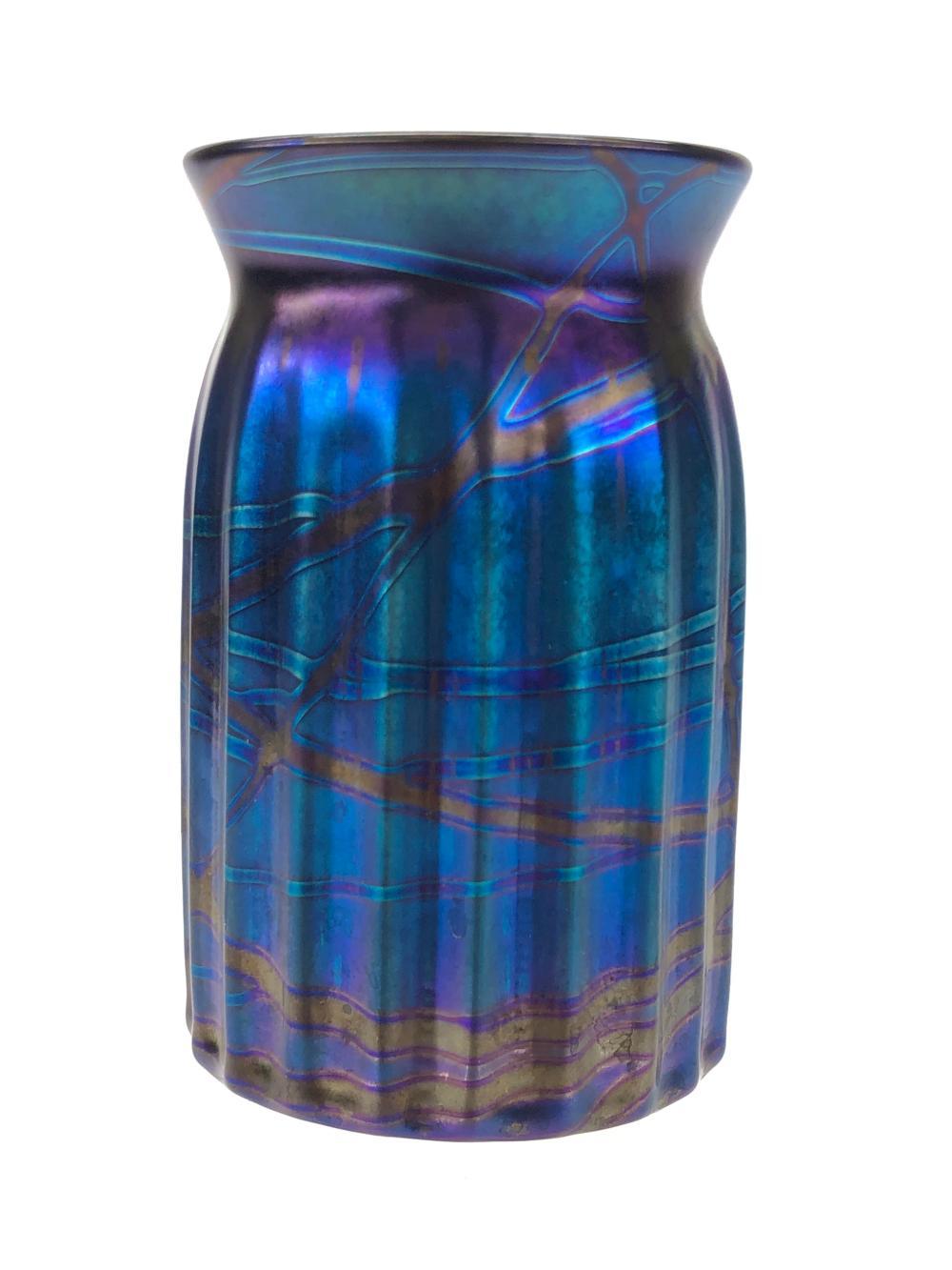 VINTAGE ELAINE HYDE BLUE IRIDESCENT RIBBED GLASS VASE