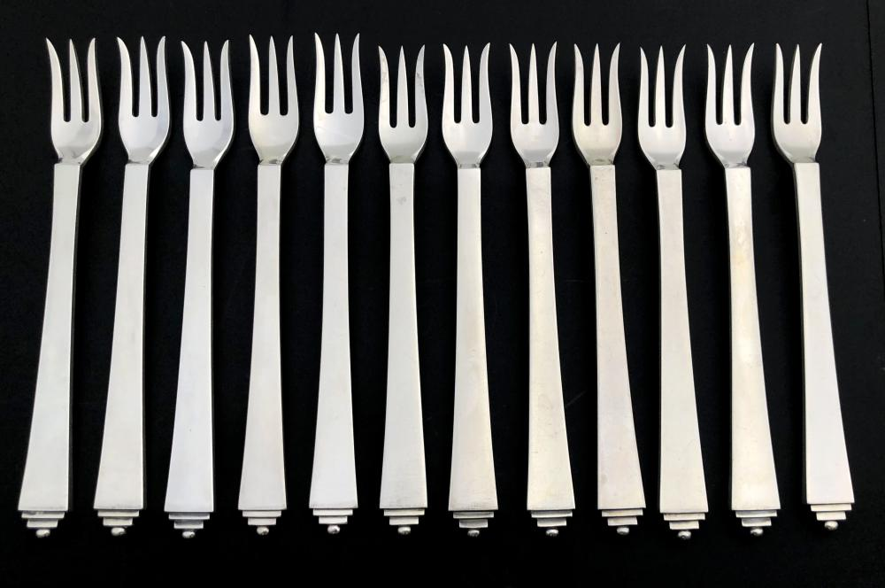 12PC GEORG JENSEN PYRAMID STERLING SILVER OYSTER FORKS