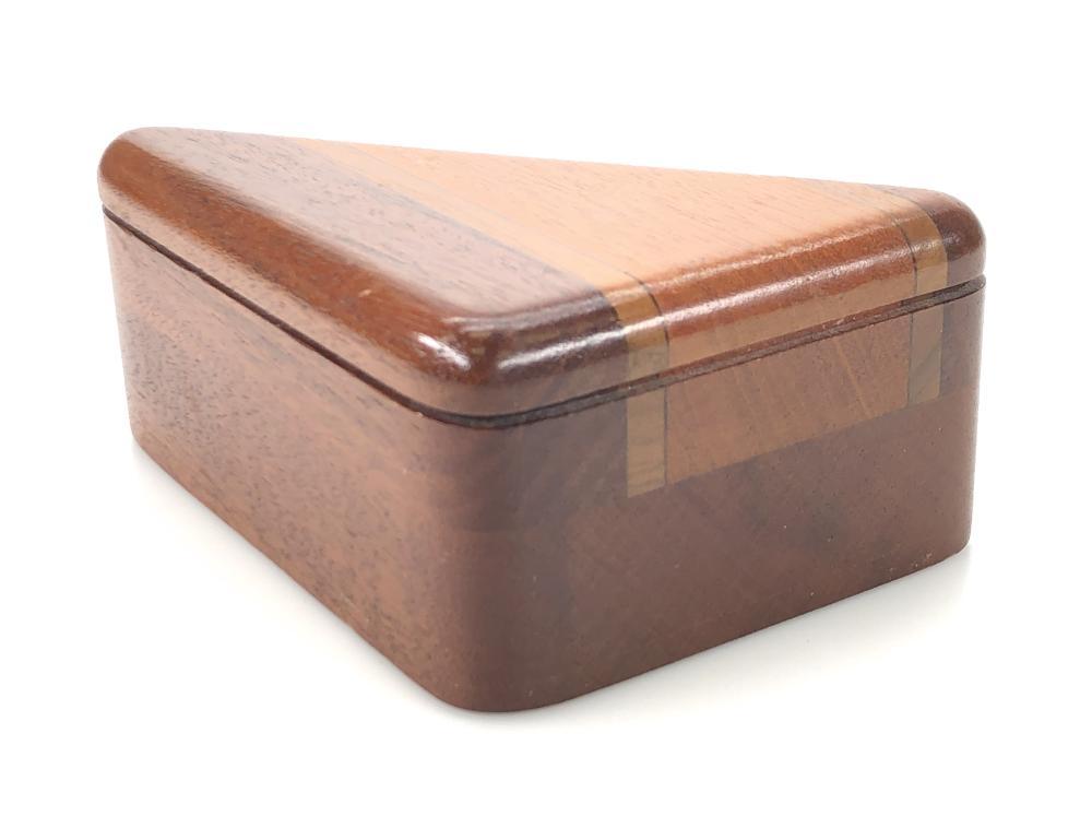 VINTAGE GARY WEBER TRIANGULAR WOOD TRINKET BOX