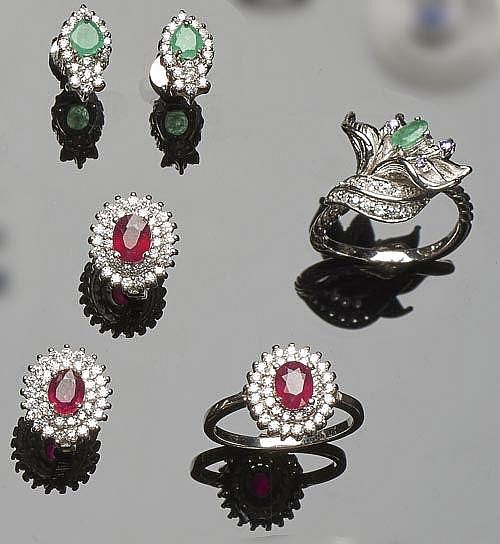 A SET OF STERLING SILVER, RUBY, ZIRCON AND EMERALD JEWELRY