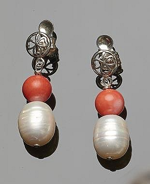 A PAIR OF SILVER, CORAL AND PEARL EARRINGS