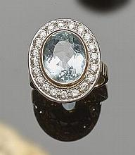 A VINTAGE GOLD, ZIRCON AND TOPAZ RING