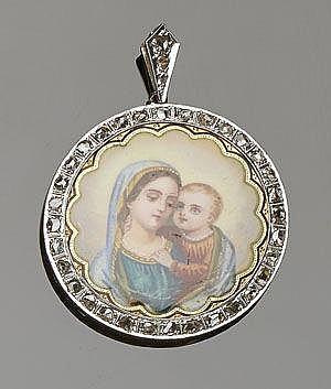 A VINTAGE GOLD, DIAMOND AND ENAMEL MADONNA VIRGIN MARY RELIGIOUS MEDAL PENDANT