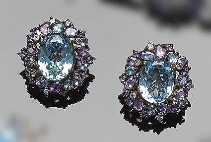 A PAIR OF STERLING SILVER, TOPAZ AND AMETHYST EARRINGS