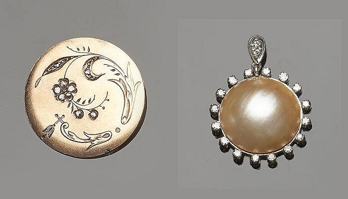 A GOLD, PEARL AND DIAMOND JEWELRY