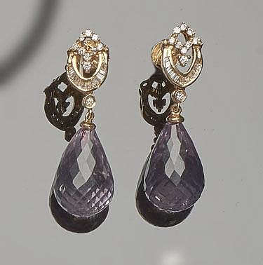 A PAIR OF GOLD, AMETHYST AND DIAMOND DROP EARRINGS