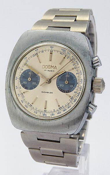 A VINTAGE WRISTWATCH, BY DOGMA
