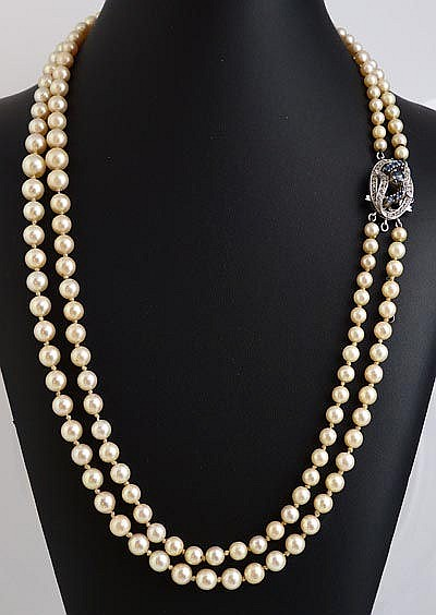 A VINTAGE PEARL, SAPPHIRE AND DIAMOND NECKLACE