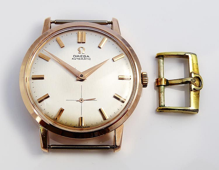 A VINTAGE WATCH, BY CERTINA