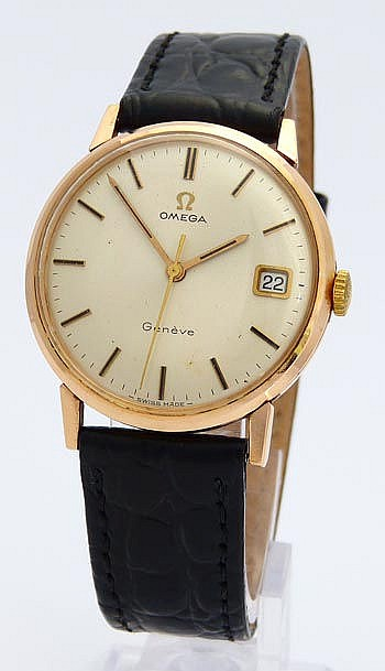 A VINTAGE WRISTWATCH, BY OMEGA