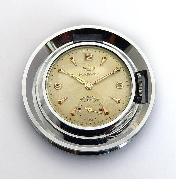 A VINTAGE PENDANT WATCH, BY MARVIN