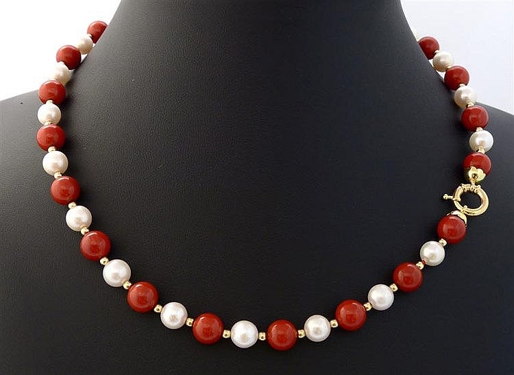 A PEARL, CORAL AND GOLD NECKLACE