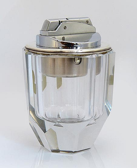 A CUT CRYSTAL LIGHTER