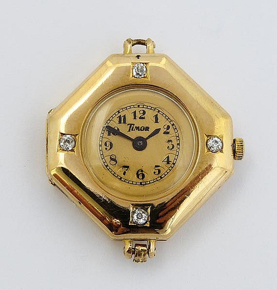 A VINTAGE ART DECO WATCH