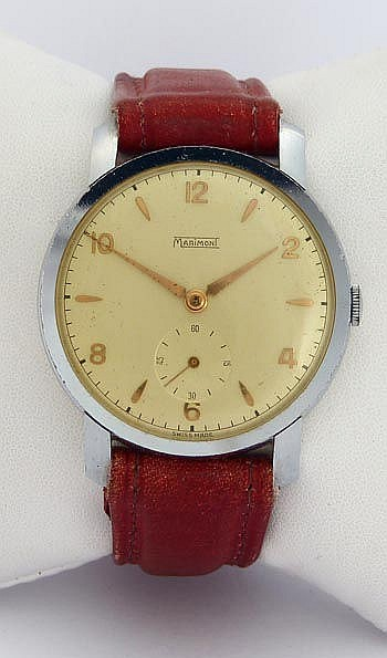 A VINTAGE WRISTWATCH, BY MARIMONI