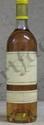1 Bouteille  YQUEM Niveau bas goulot, étiquette légèrement marquée.  Level low neck, label shows bin marks.  1982