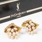 YVES SAINT LAURENT Haute Couture Paire de clips d'oreilles Prototype