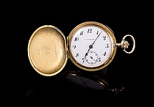 IWC Schwartz Montre de col  savonette en or 585 à décor de frise - Poids brut: 30,4g  14k gold pocket watch