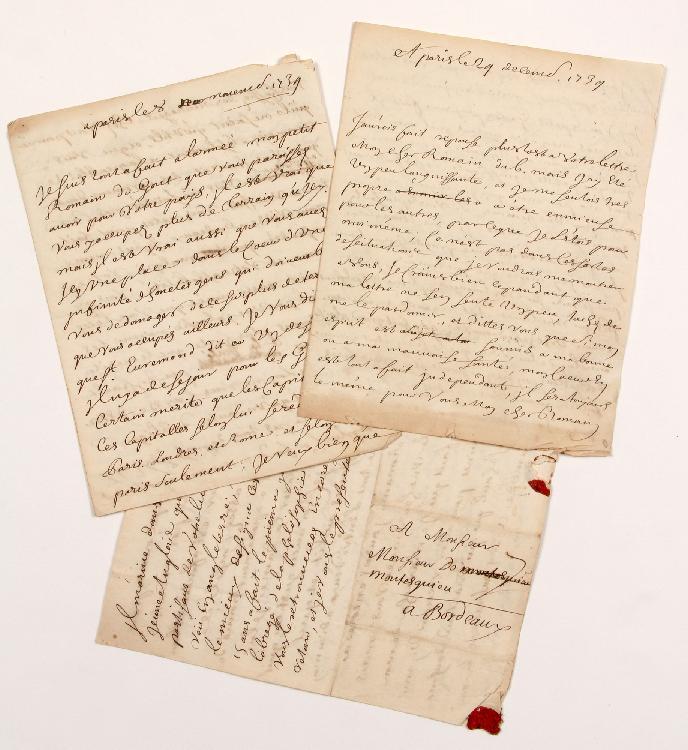 Claudine Guérin de TENCIN (1682-1749) femme de lettres, animatrice d'un salon littéraire influent. 3 lettres dictées avec additions et corrections autographes (une incomplète de la fin), Paris novembre-décembre 1734, à MONTESQUIEU à Bordeaux ; 4