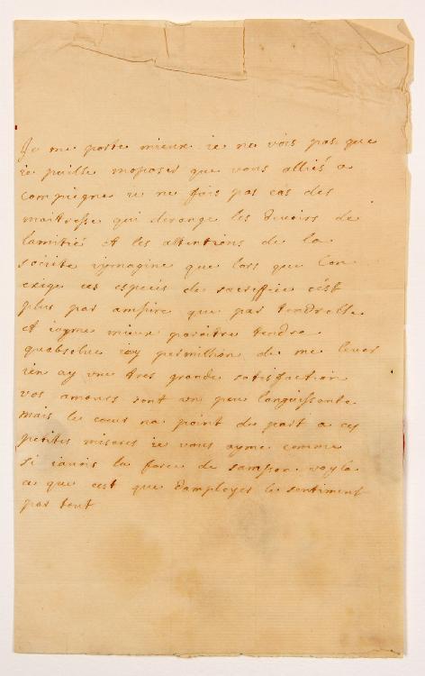 [Charles de Secondat, baron de La Brède et de MONTESQUIEU]. 2 L.A. d'une femme à M. de MONTESQUIEU à Paris, s.d. ; 1 page in-8 et demi-page in-4, adresses avec cachets cire rouge (brisés) représentant un Cupidon avec la devise Amour trouve moyen. [CM